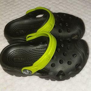 Toddler crocs